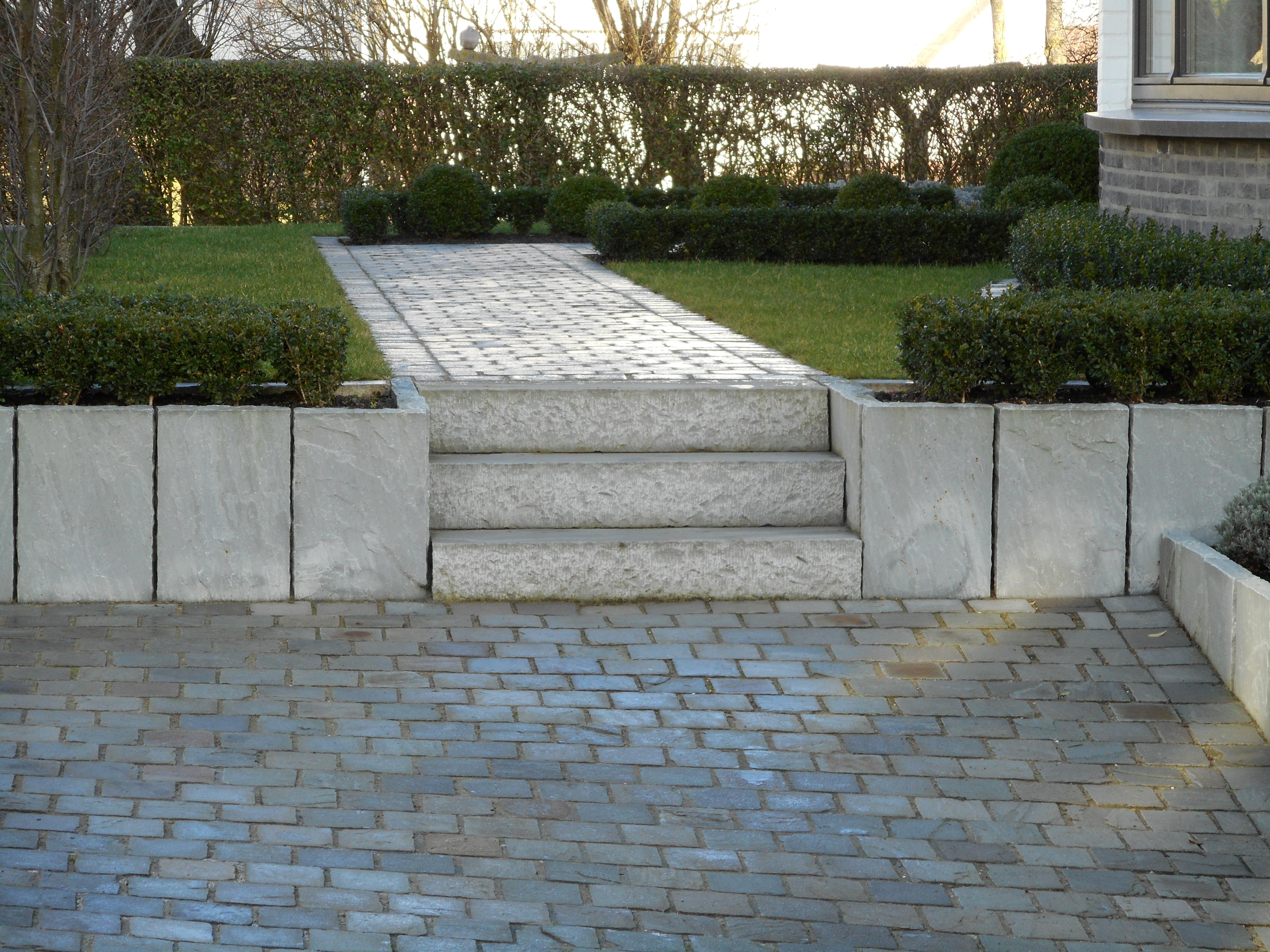 Leveren en plaatsen palisaden verhegghe bvba for Plaatsen trap